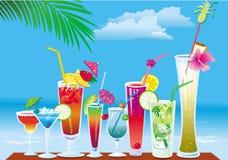 Cocktail na praia ilustração royalty free