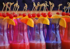 Cocktail na preparação foto de stock royalty free