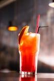 Cocktail nella barra Fotografie Stock Libere da Diritti
