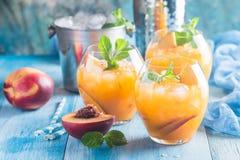 Cocktail o tè della pesca Fotografie Stock Libere da Diritti