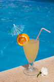 Cocktail by the pool Royalty Free Stock Photography