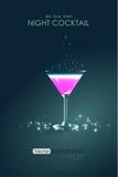 Cocktail rosa in un calice di vetro Immagini Stock Libere da Diritti