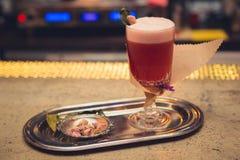 Cocktail sur la barre Photo libre de droits