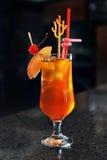 Cocktail sur le bar Image stock