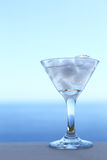 Cocktail transparent froid Images stock