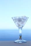 Cocktail trasparente freddo Immagini Stock