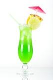 Cocktail tropical vert avec l'ananas Photo libre de droits