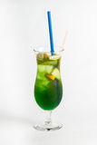 Cocktail tropicale su fondo bianco Fotografia Stock Libera da Diritti