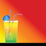 Cocktail und roter Hintergrund Stockbild