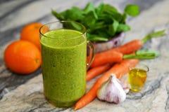 Cocktail van groenten en spinazie Stock Afbeelding
