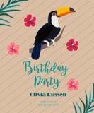 Cocktail, verjaardagsuitnodiging op houten achtergrond Royalty-vrije Stock Foto's