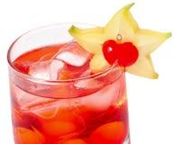 Cocktaile vermelho com tónico e grenadine Imagem de Stock