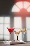 Cocktails à la partie de Chambre Images stock