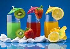 Cocktails 2 van het fruit Stock Afbeeldingen