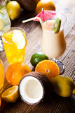 Cocktails, alcohol drinks with fruits Royalty Free Stock Images