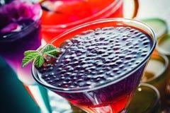 Cocktails avec le caviar photo libre de droits