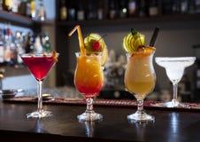 Cocktails avec le fruit frais Photo stock