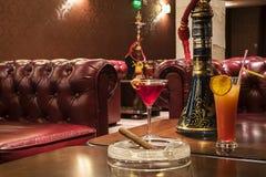 Cocktails avec le fruit frais Images libres de droits