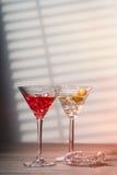 Cocktails avec le tamis Images stock