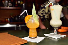Cocktails at the bar Royalty Free Stock Images