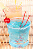 Cocktails bleus de margarita Photos stock