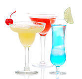 Cocktails bleus rouges jaunes de martini de margarita d'alcool Images libres de droits