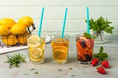 Cocktails de l'eau de Detox Photographie stock