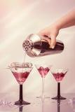 Cocktails de versement Photo libre de droits