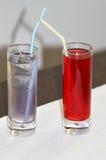 Cocktails in den Gläsern Stockfotografie