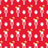 Cocktails and strawberry. Seamless pattern with summer cocktails, flat design Royalty Free Stock Photo