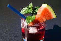 Cocktails und longdrinks stockbilder