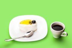 Coco do copo do bolo e de café Foto de Stock