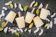 Coconut and lime popsicles Royalty Free Stock Photos