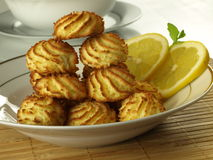 Coconut macaroons with lemon Royalty Free Stock Images