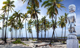 Coconut palms and statue Royalty Free Stock Images