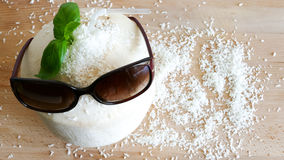 Coconut water drink with sunglasses - summer concept Stock Photos