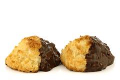 Cocos e biscotti di recente cotti del cioccolato Fotografie Stock
