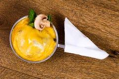 Cocotte гриба с сыром Стоковые Изображения