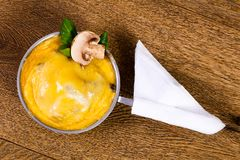 Cocotte гриба с сыром Стоковое Фото