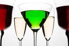 Coctail e vidros de vinho Imagem de Stock