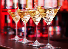 Coctailcollction - Martinis på en stång Royaltyfri Foto
