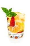 coctailfruktexponeringsglas royaltyfri fotografi