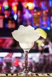 Coctails на баре shine Delecious стоковые фото