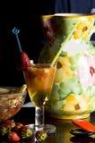 Coctel y frutas Fotografía de archivo
