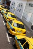 Coda del taxi immagine stock