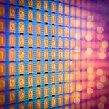 1-0 code binaire de Digital, lampes analogues, écran Photo stock