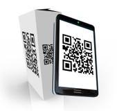 Codice astuto di scansione QR del telefono sulla casella del prodotto