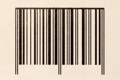 Codice a barre sul cartone Fotografia Stock