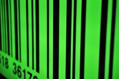 Codice a barre verde con il fuoco selettivo Fotografia Stock Libera da Diritti