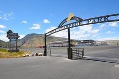 Cody惊逃公园入口曲拱和竞技场 库存图片